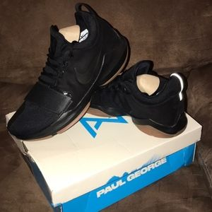 New Nike Paul George Black Tennis Shoes - Size 15